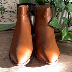 Brand new, brown leather, Madewell booties